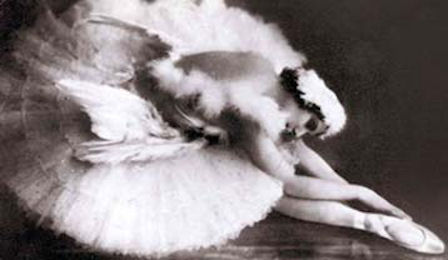 Image: Ballerina Anna Pavlova as the Dying Swan