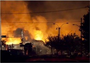 Fire rages in night at Lac Megantic