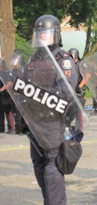 picture of G20 cop by Andrew Wallace