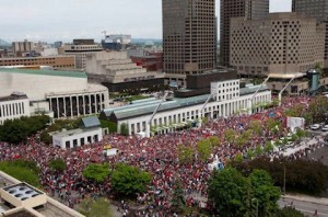 Image: Massive protest in downtown Montreal