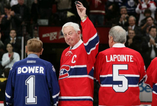 Jean Beliveau waving goodbye